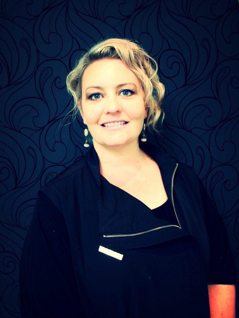 Infinity Hair Design Hair Stylist Hairdresser Heidi